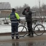 И снег на голову, и инспектор ДПС