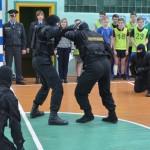 Футбол, ОМОН и экскурсия в РОВД