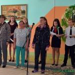 Концерт ко Дню матери подготовили волонтеры Глусской санаторной школы-интерната для посещающих отделение дневного пребывания районного центра соцобслуживания населения